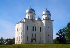 В Свято-Юрьевом монастыре Новгорода обнаружены фрагменты домонгольских фресок