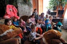 Жительница Ставрополья воспитала 28 детей, большинство из них - приемные с заболеваниями