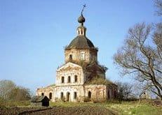 Суворовцев просят помочь в восстановлении храма, построенного великим полководцем