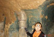 В Харьковской области археологи нашли пещерный скит с храмом XVIII века