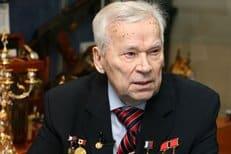 Перед смертью оружейник Михаил Калашников написал покаянное письмо патриарху Кириллу