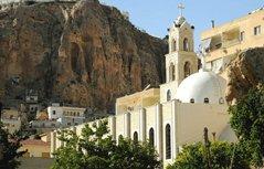 В Сирии боевики взяли в заложники монахинь монастыря в Маалюле