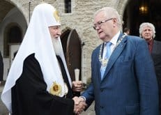 За строительство храма церковным орденом наградили мэра Таллина