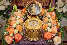 Мощи святителя Луки (Войно-Ясенецкого) принесены в Алма-Ату