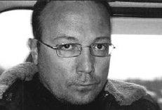 Писатель Виктор Николаев: Пока я ползал по минному полю за меня молилась жена
