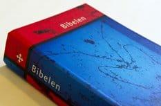 Новое издание Библии побило рекорды продаж в Норвегии