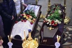 В Южно-Сахалинске простились с невинно убиенными в храме