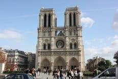 Москва просит об отсрочке в строительстве православного центра в Париже