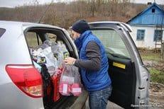 Более 600 рождественских подарков волонтеры доставили в Крымск