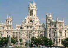 В Мадриде освятили купол и крест строящегося православного собора