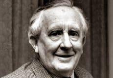 Британские католики просят начать беатификацию писателя Джона Толкина