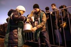 В организации доступа паломников к Дарам волхвов в Москве приняли участие более 500 православных волонтеров
