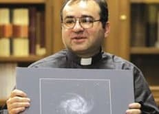 Глава Ватиканской обсерватории не отрицает возможности существования внеземной жизни