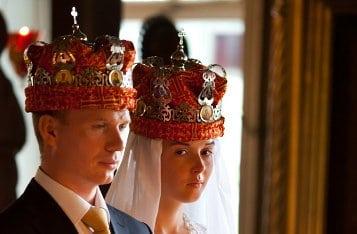 Что символизируют венцы на венчании?