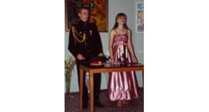 Православная молодежь возрождает традиции бального танца