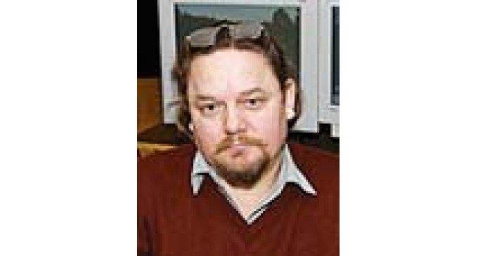 Сергей ХАРЛОВ: ТЕАТР - ЭТО СПОРТЗАЛ, ГДЕ КАЧАЮТСЯ МЫШЦЫ ДУШИ