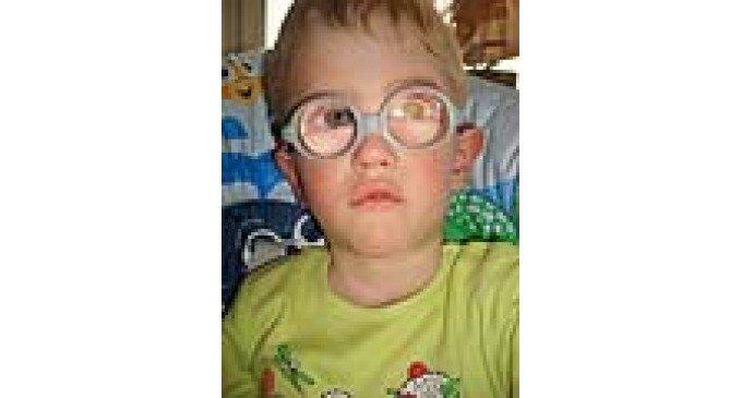 Поможем слепому, неходячему Владику пройти курс реабилитации!