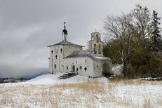 Два древних псковских храма передадут Церкви